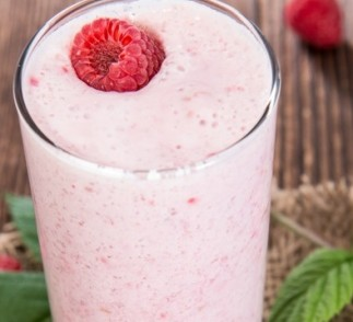 Raspberry Banana Oatmeal Smoothie Recipe