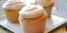 voskos-vanilla-cupcakes